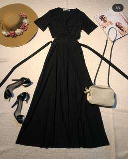 Long black Cut-out/side-cut dress