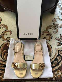 ⚠️SALE⚠️ Gucci Laminated Double G Emblem Flat Sandals size 38