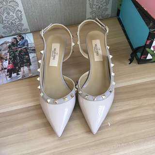 ⚠️SALE⚠️ Valentino Rockstud Slingback Sandals Size 37
