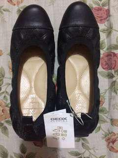 Geox Ballet Flats Size 6 Free Shipping