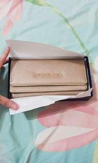 Michael Kors Gold wallet (not genuine)