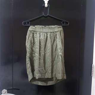 Camaieu flowy army skirt
