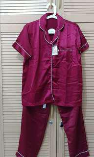Piyama Set Satin Maroon