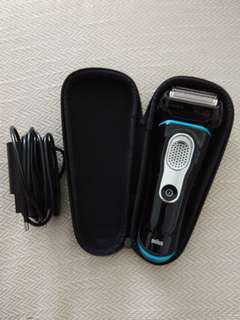BRAUN Series 9 9040s Men's Shaver Wet and Dry