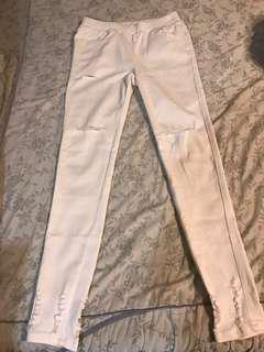 🚚 割破彈性白褲