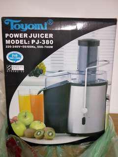 Whole Fruit Juicer @ $30 Fast Deal
