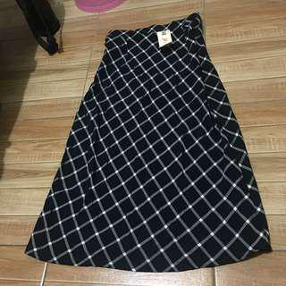 Long skirt (New)