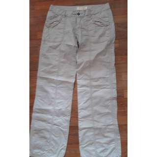 #3x100  VJ JEANS Light Beigh Low Waist Jeans Pants