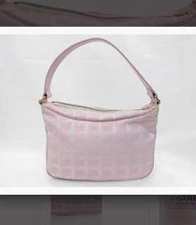 Authentic Chanel Vintage bag  Chanel 罕有輕身 可上膊 絹質袋  有使用痕跡 冇咭冇盒 有貼 保證真品   not Hermes LV Prada Celine Cartier RV Ferragamo Gucci Dior