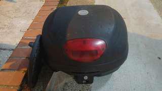 Givi Box 33L