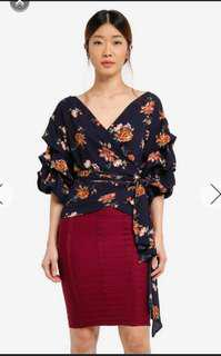 Mds floral wrap top