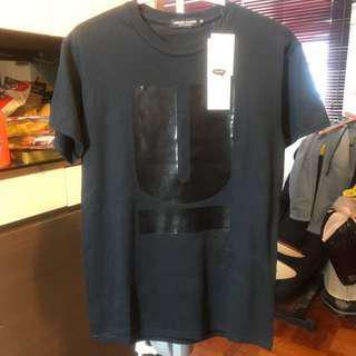 全新日牌UNDER COVER黑色T恤