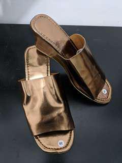 Sandal wedges kulit sangat lembut