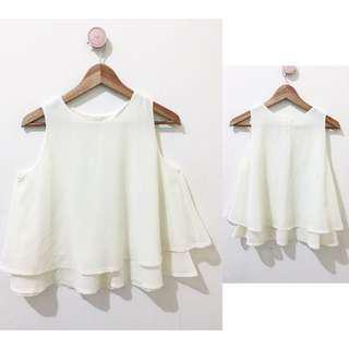 Medium white top
