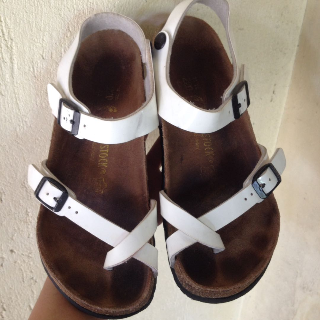 5db8341617dd9 Authentic Birkenstock, Women's Fashion, Shoes on Carousell
