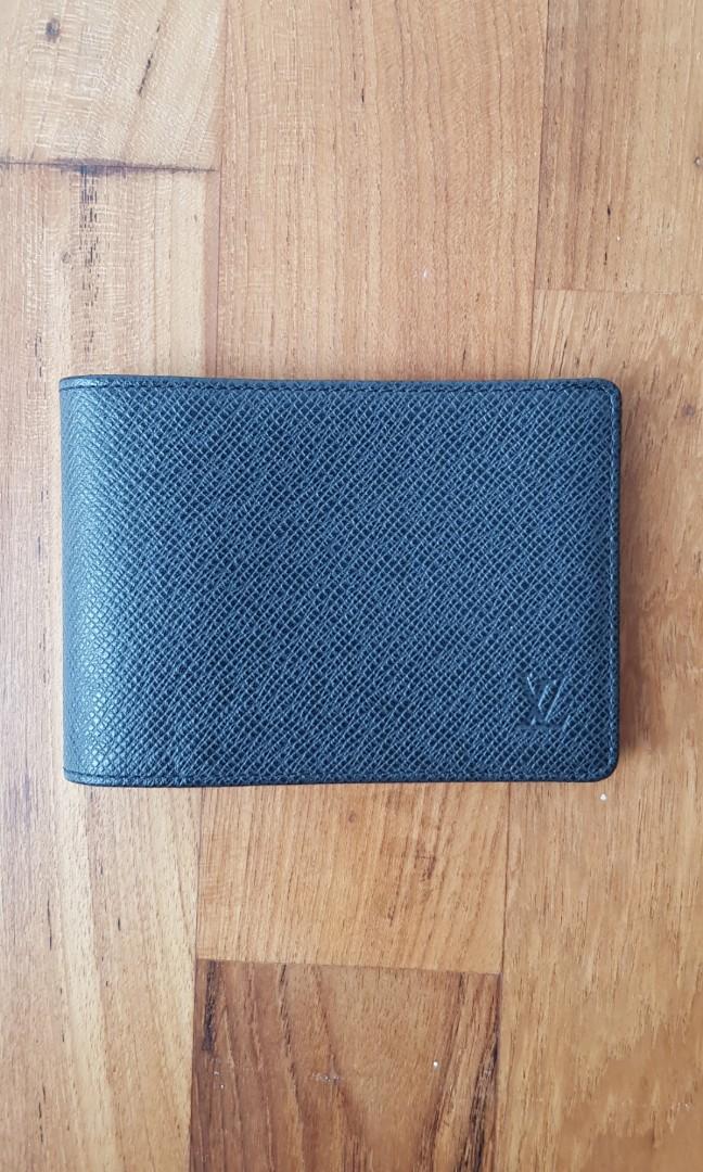 a23ce5e1d7c1 BNIB Genuine Louis Vuitton LV Men s Leather Wallet