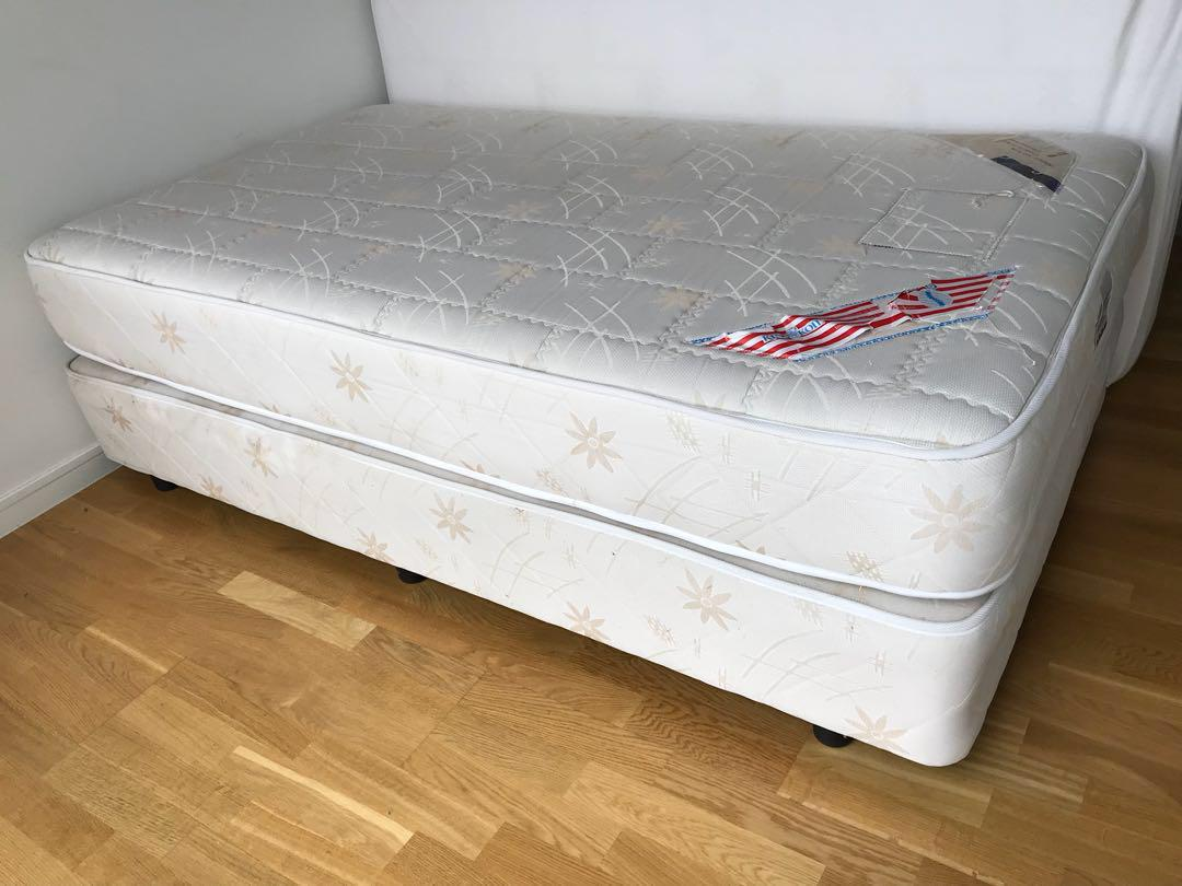 Picture of: King Koil Super Single Divan Bed Mattress Furniture Beds Mattresses On Carousell
