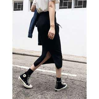 合身顯瘦開衩針織裙 黑色 全新