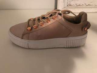 KENDALL AND KYLIE BLUSH SNEAKERS