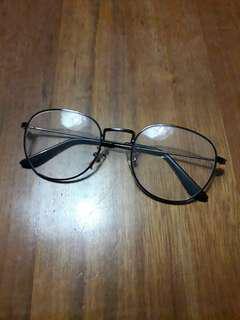 Korean spectacles (no degree)