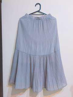 🚚 🔻降價🔻灰色雪紡細百摺魚尾裙