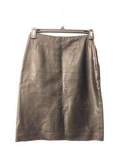 Black danier leather skirt