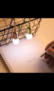 (PO) CUTE LIGHTBULB PEN