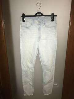 Uniqlo ripped denim jeans/pants 26, 66cm