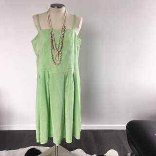 VINTAGE GREEN STRAP DRESS