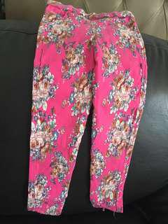 Preloved floral stretchable girl pants