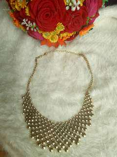 Elegant Bib Necklace
