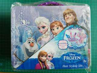 全新鐵盒 Disney Frozen Hair Styling Set
