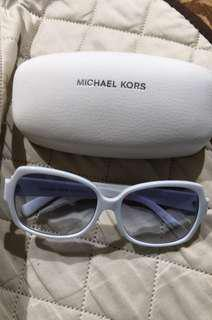 Authentic Michael Kors from USA onhand on Sept 22
