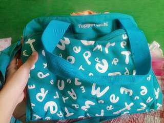 Tas tupperware besar