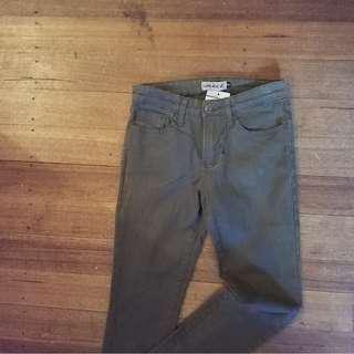 Wakee new size 8 khaki jeans