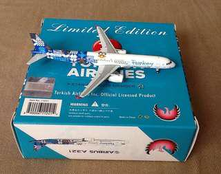 BRAND:PHOENIX TURKISH AIRLINES AIRBUS A321
