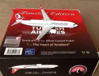 BRAND:PHOENIX TURKISH AIRLINES BOEING 737-800