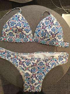 Kaiami Bikini Set Size 10 - Brand New