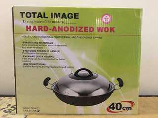 Hard anodised wok 40cm