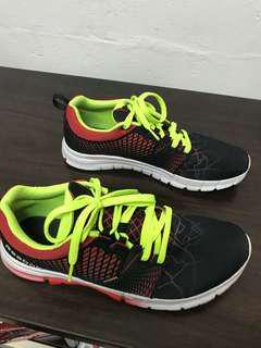 Reebok nanoweb running shoes