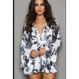 Women's White Blue and Black Floral Playsuit Size Small (8)