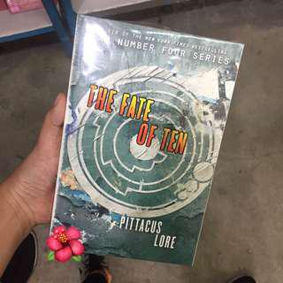 The Fate of Ten by Pittacus Lore (BRAND NEW)