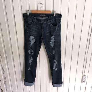 Underground soul ripped jeans