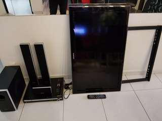 Selling cheap....Samsung 42 inch tv and Samsung sound system all at $250 only.