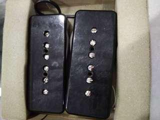 Fender Mustang MP-90 single-coil pickups