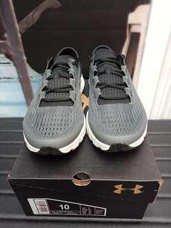 Sepatu under armour (speedform velociti)