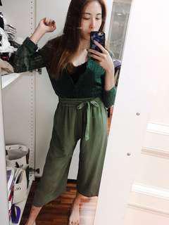 🚚 Mercci22綠色上衣