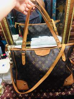 Peelove Lv two way bag! With codeb