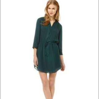 Aritzia Bennett dress green xs like new