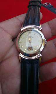 Vintage watch International